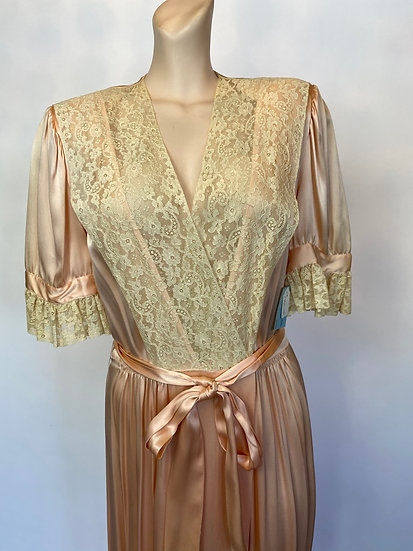 VTG FEINER FASHION PEACHY PINK DRESSING GOWN 1940'S 36 SATIN RAYON