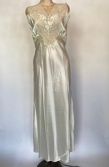 VTG NOSWTAGS Superb Bias Cut Satin Rayon Nightgown Dress Wedding Ready Sz 34