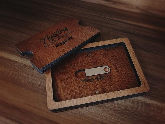 Caja para USB + USB de 32gb 3.0