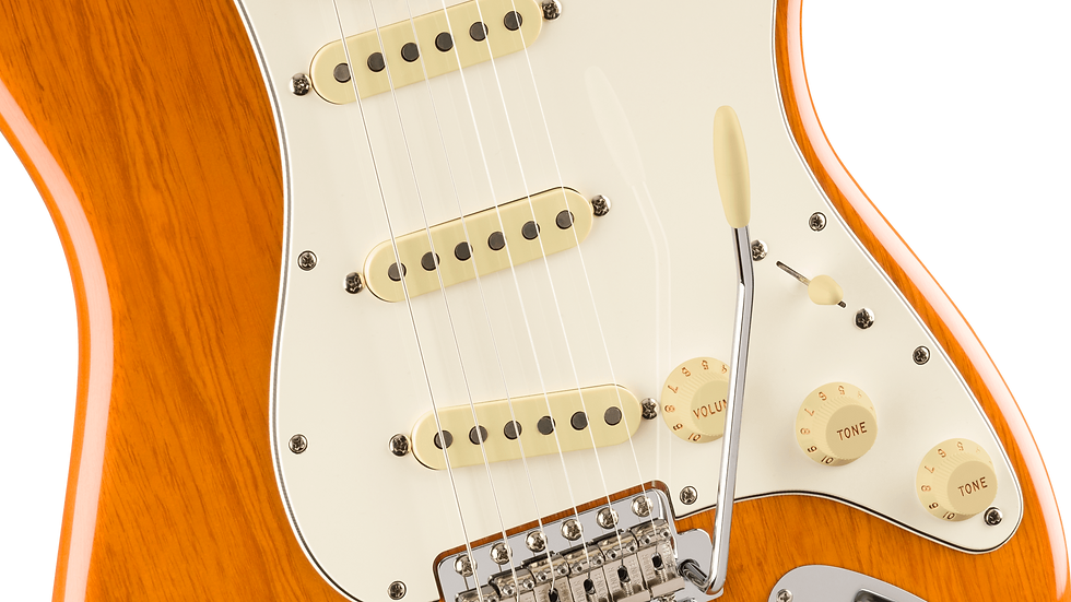 Fender Vintera® '70s Stratocaster®, Maple Fingerboard, Aged Natural