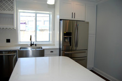 6 - Kitchen