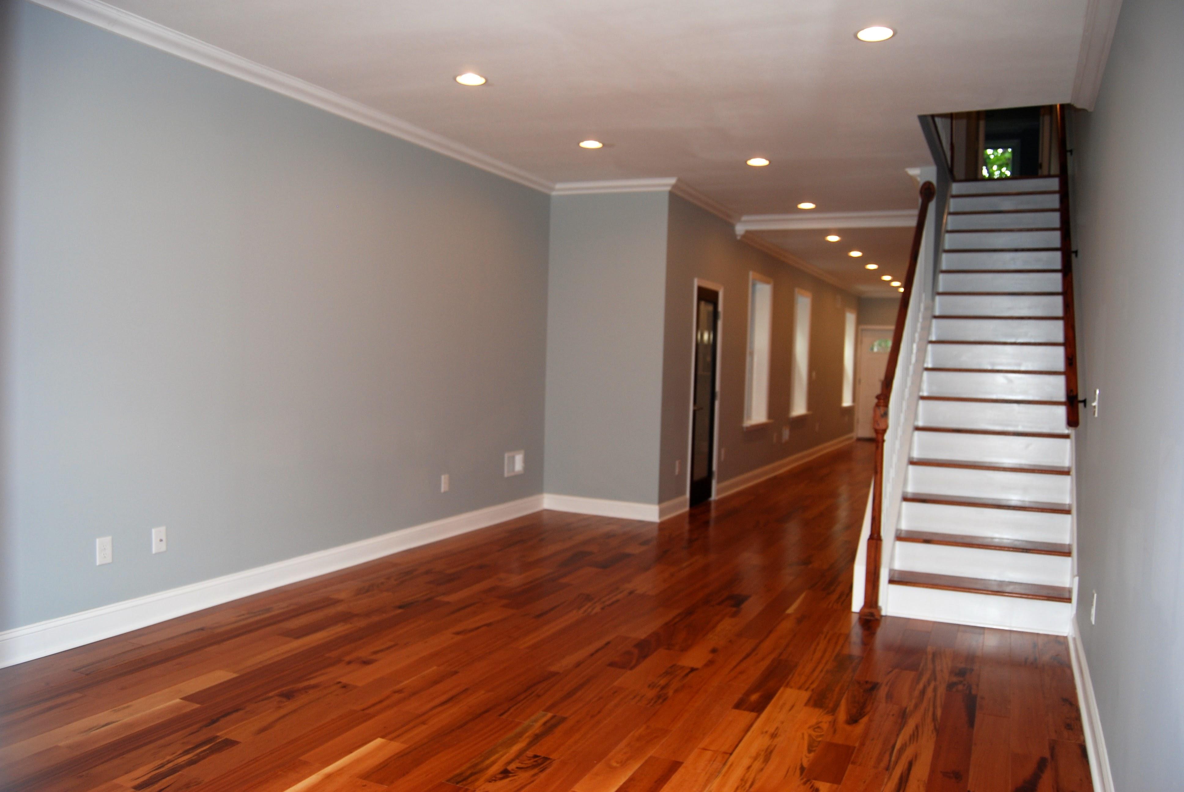 2139 Tasker - Living Room