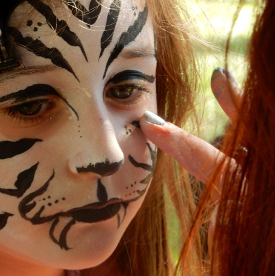 FACEPAINTING AT THE FETE