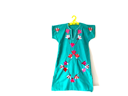 Vintage Mexican Green Embroidered Dress 6-7 Years