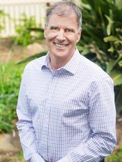 Dr Colin Metz