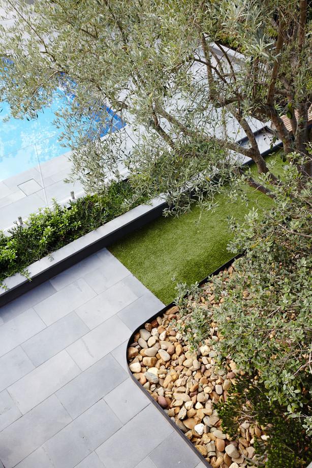 Ivanhoe Private Garden