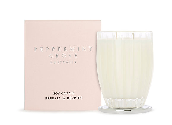 Peppermint Grove - Freesia & Berries Large Candle 350g