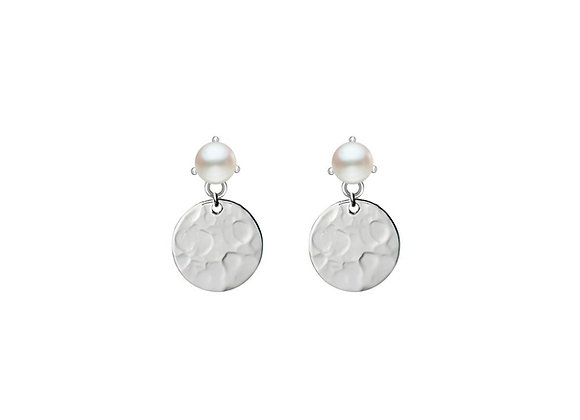 Sterling silver hammered drop disk earring with fresh water pearl