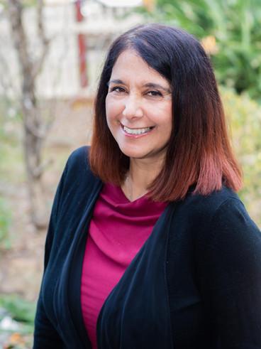 Dr Maria Annese