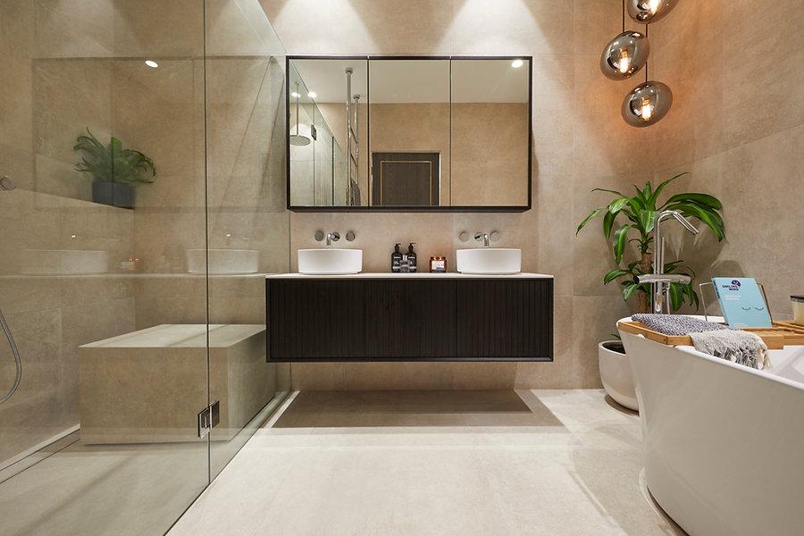 Wk4 Bathroom Jesse & Mel-18.jpg