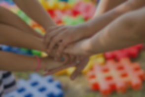 hands-2847508_1920_edited_edited.jpg