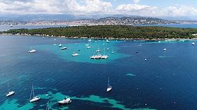 Eaux turquoises des îles de Lérins