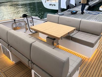 Tarifs location de yacht Cannes avec skipper