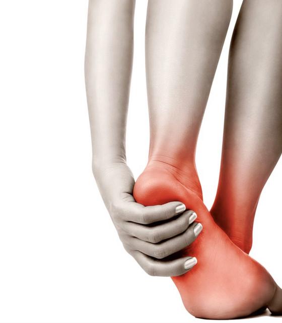 腳底像針刺!足底筋膜炎發作,3招伸展復健!