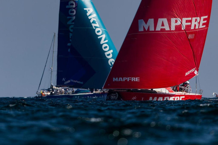 VOR: Dueling statements released by Simeon Tienpont and AkzoNobel; team says they 'have every in