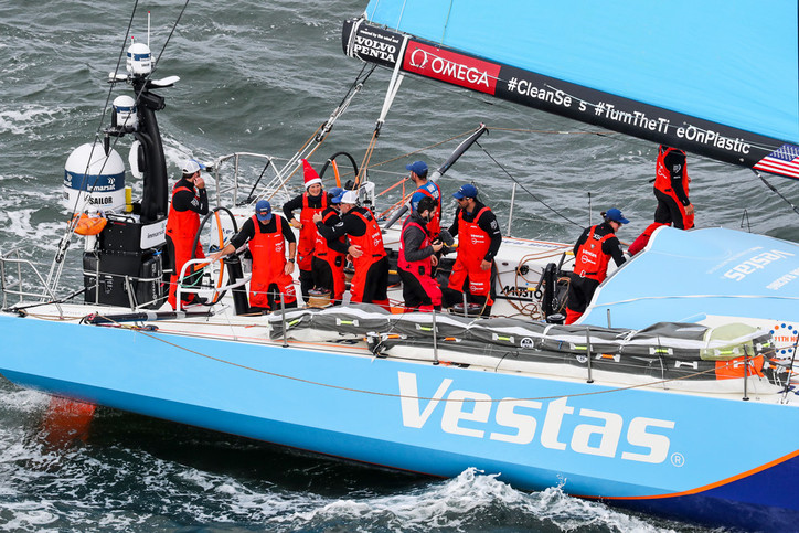 VOR: Leg 4 underway without Vestas 11th Hour skipper Charlie Enright (USA); Mark Towill (USA) leadin