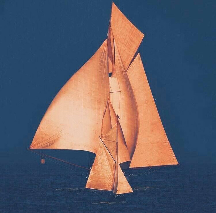 Rules Quiz (updated): Under the Racing Rules of Sailing, which yacht has right-of-way?