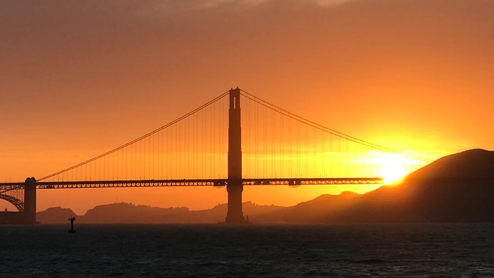 Cinco de Mayo sunset. Photo: Kevin Keovanpheng.