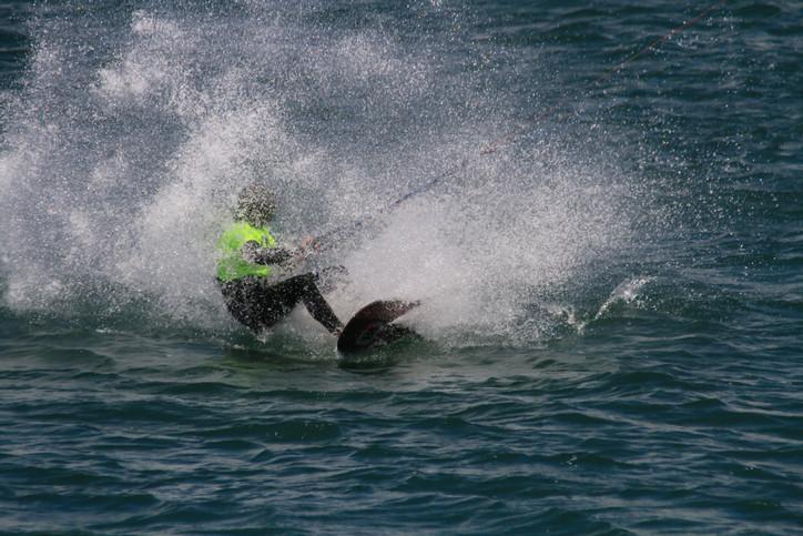 Johnny Heineken – Je ne sais quois on a kiteboard