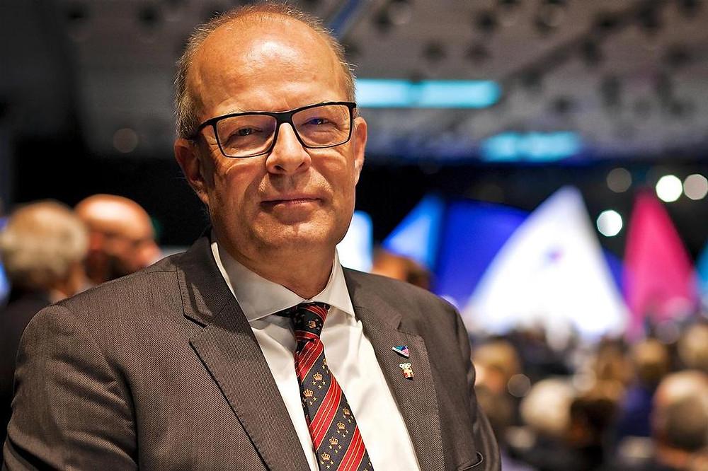New WS President Kim Andersen (DEN).