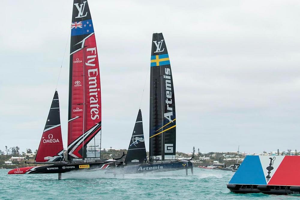 """""""Friendly"""" racing between ETNZ (NZL) and Artemis (SWE) in BDA, today."""