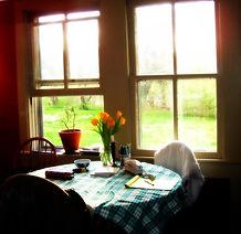 kitchen table Photo credit visual hunt.j