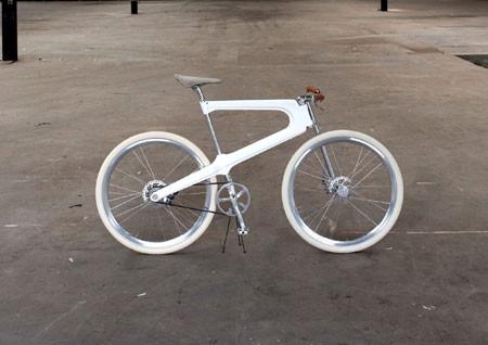 Epo: una bicicletta come tesi