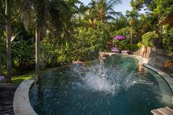 splash pool shot