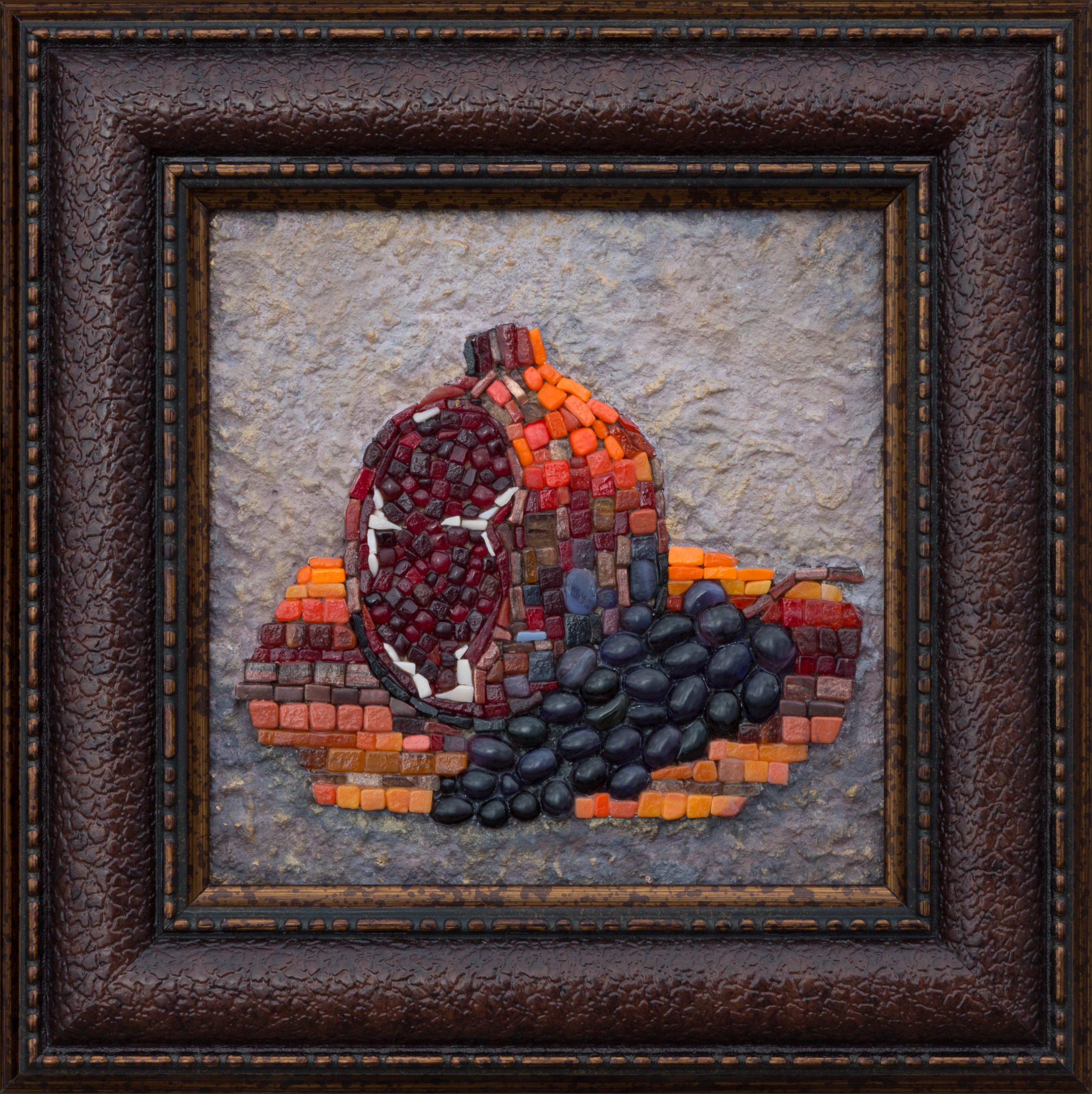 Гранат и черный виноград