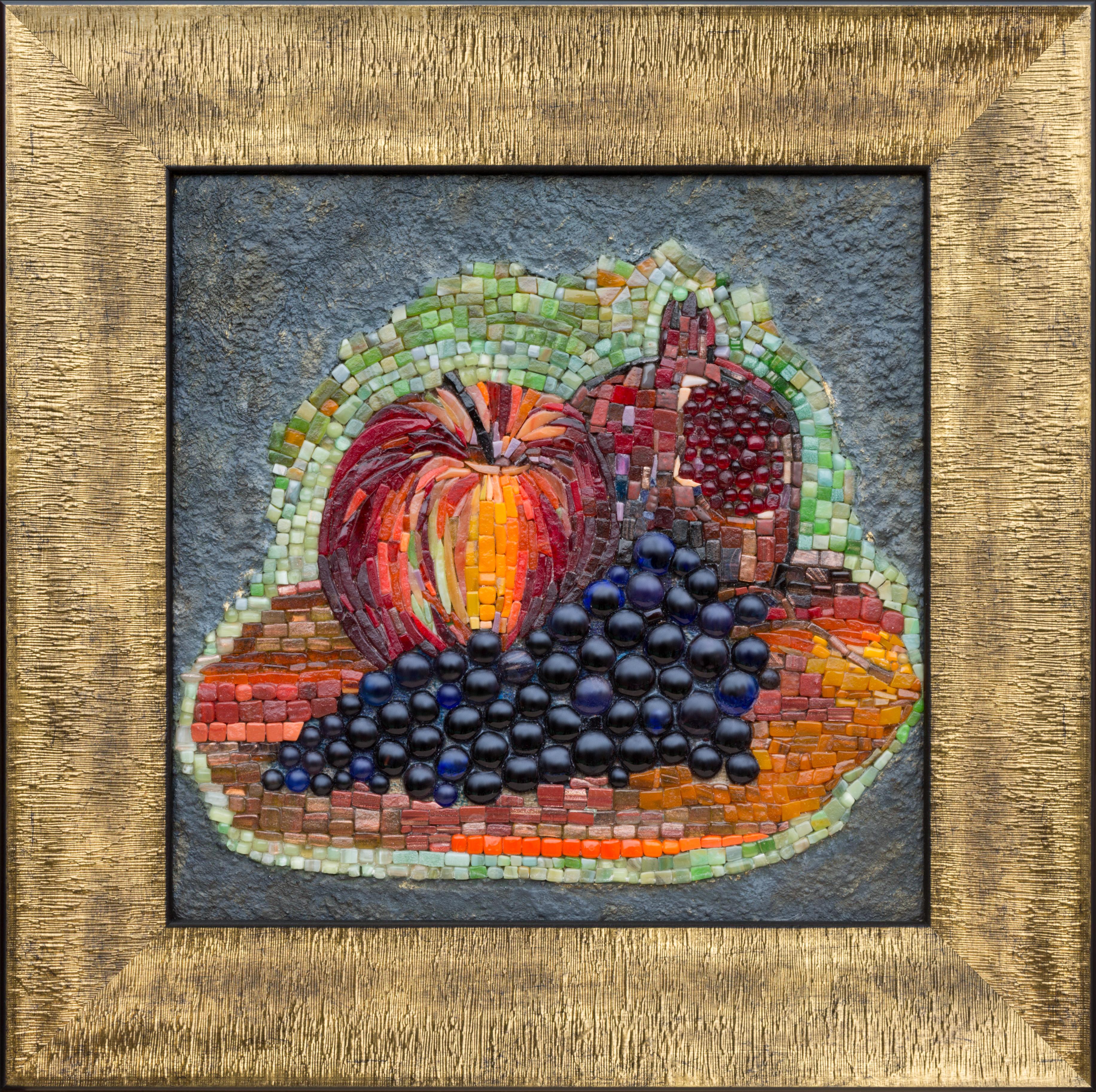 Виноград и фрукты