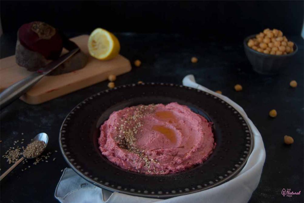 Hummus de grão e beterraba