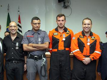 Coronel Camilo e ONU homenageiam policiais e personalidades civis