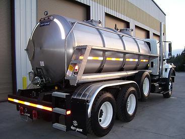 vac truck 2.JPG