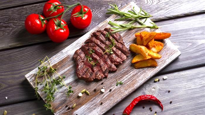 food-beefsteak-tomatoes-tease-today-1605
