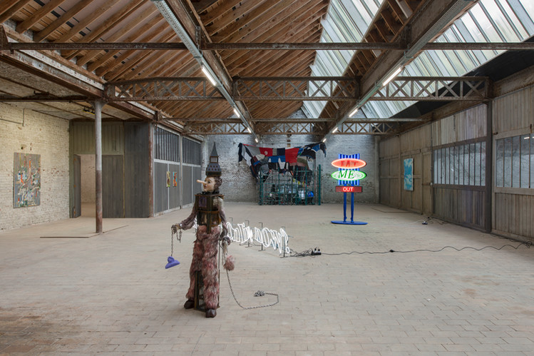 Main Room View 6 Degrees at Liebaert Projects,