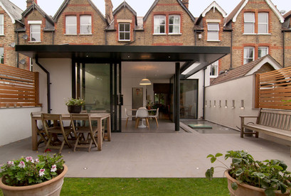 Cantilevered Extension