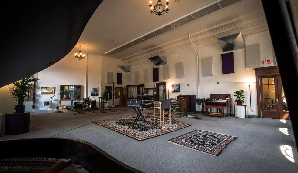 the-hallowed-halls-studio-a-live-room-2.