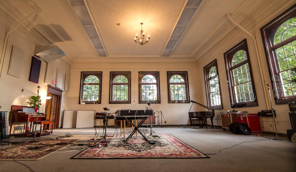 the-hallowed-halls-studio-a-live-room (1