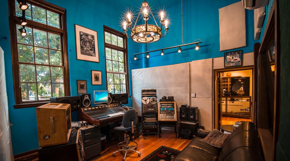 the-hallowed-halls-studio-b.jpeg