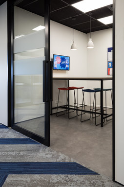 Onestaff office fit-out & interior design.