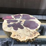 Слэб - заливка полиэфирной смолой, имитация граната. Покрытие лак 60% глянца