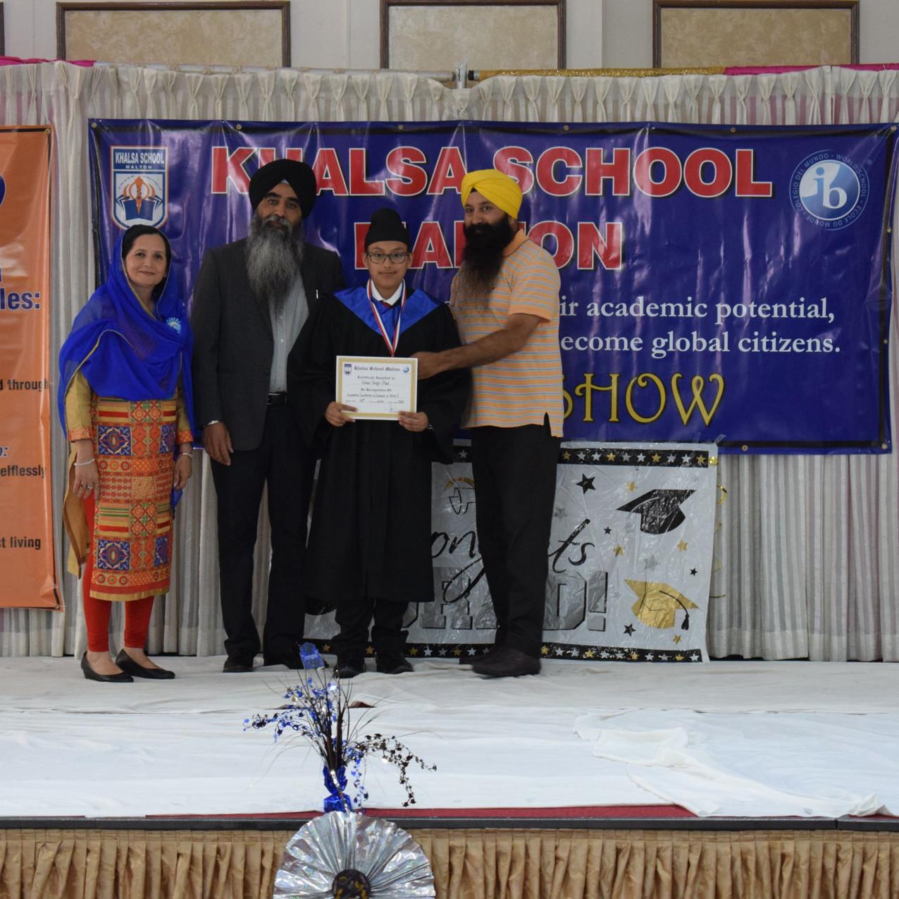 Khalsa School Malton Graduation Da02