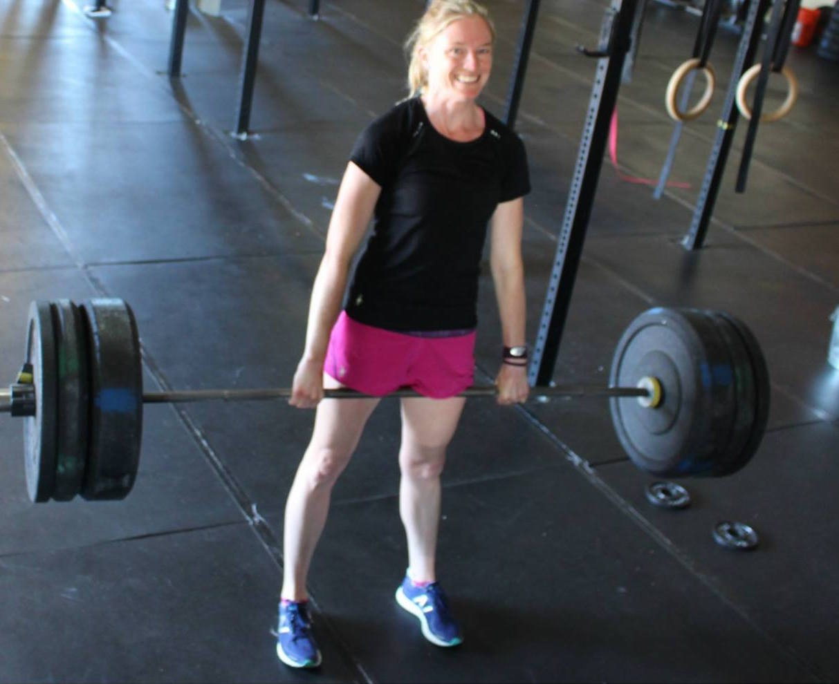 Lifting-deadlift