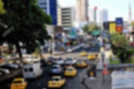 street-scene-via-espana-panama-city-pana