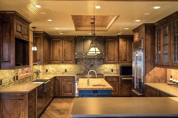 Luxury-Lake-Log-Home-Gourmet-Kitchen