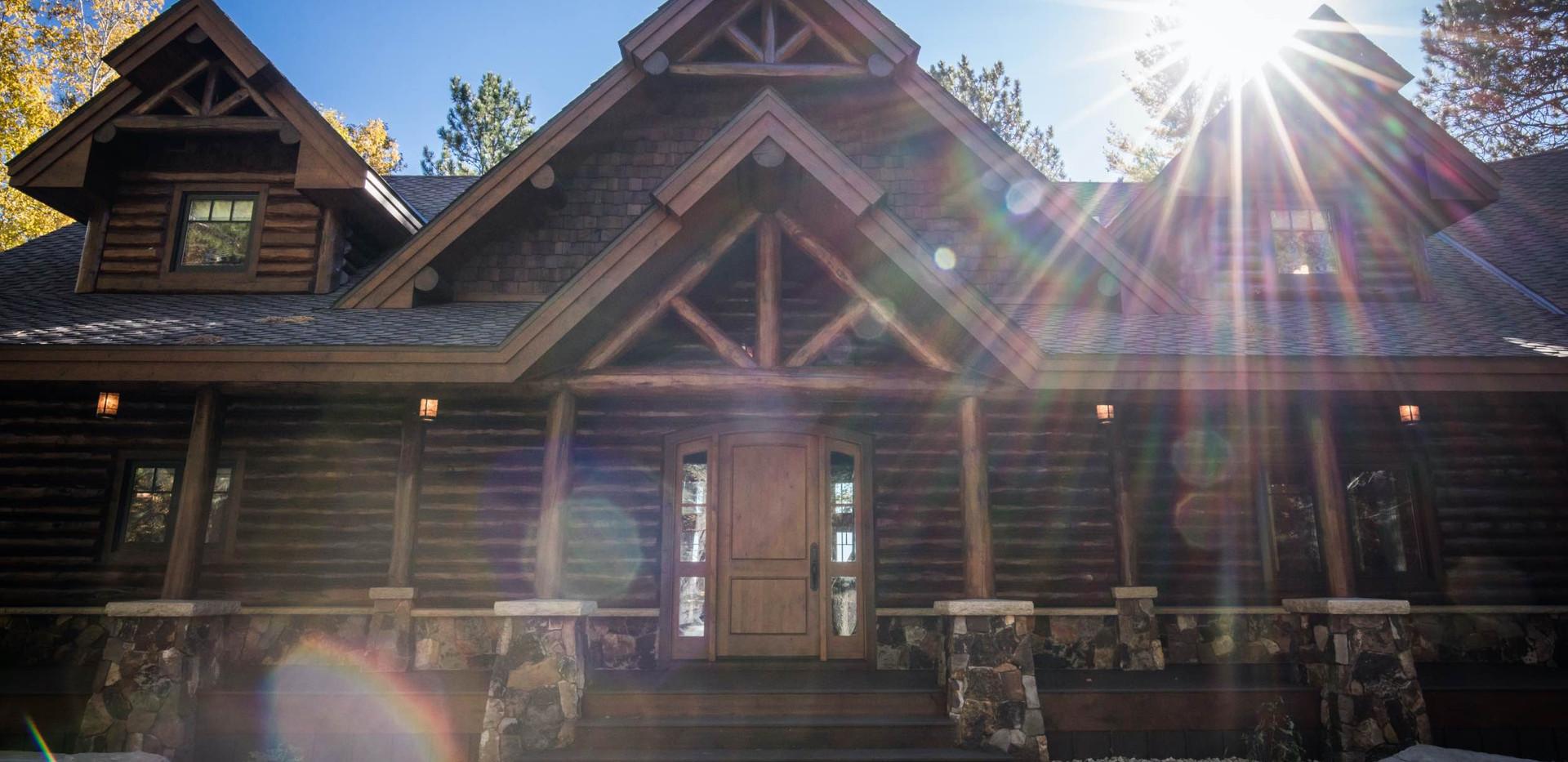 Traditional Full Log Lake Home
