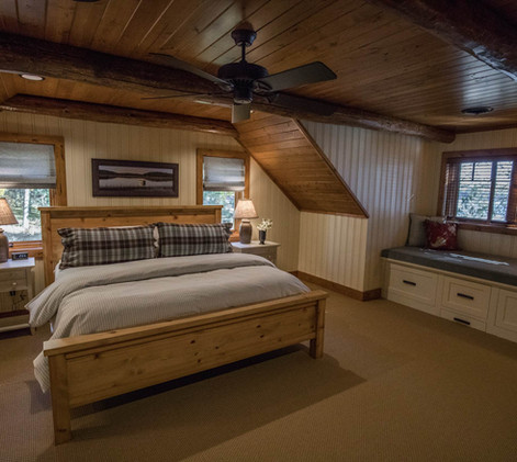 Traditional Log Home Upper Guest Room
