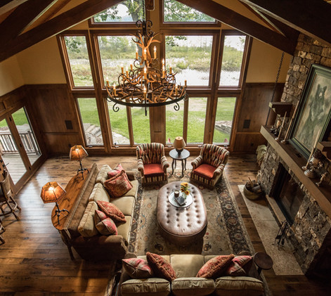 Traditional Chalet Cabin Great Room