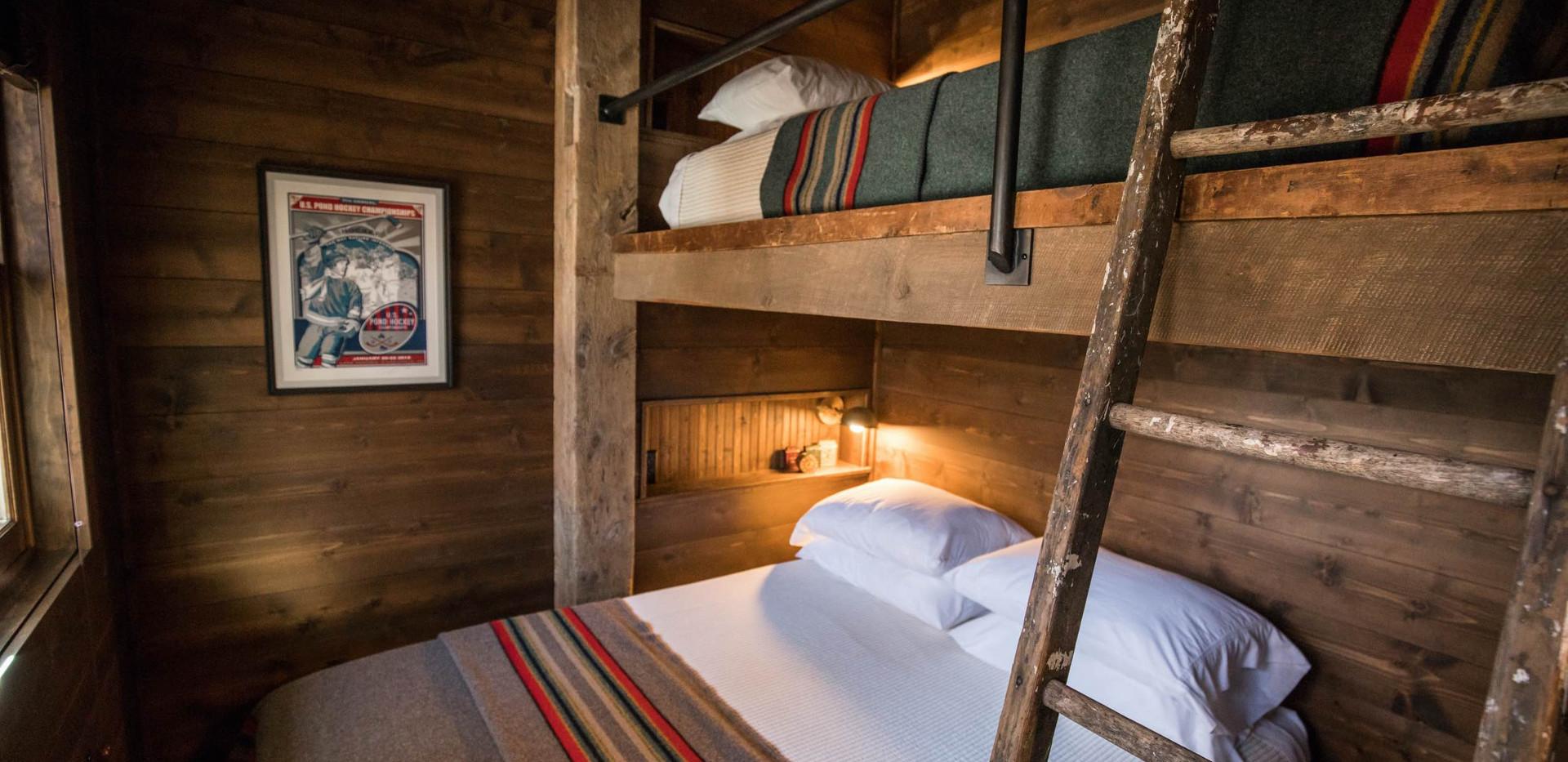 Vintage Cabin Built-In Bunk Room