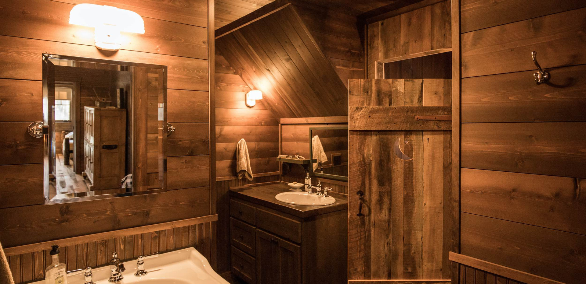 Vintage Cabin Bathroom